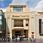 World famous Kodak Theatre, just a few blocks away.